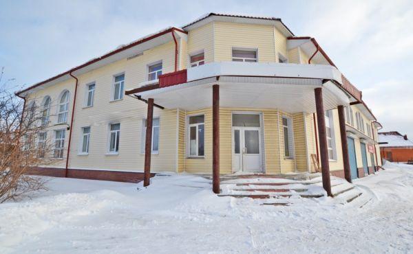 Торговый центр 1360м2 в Волоколамске (первая линия Новорижского шоссе)